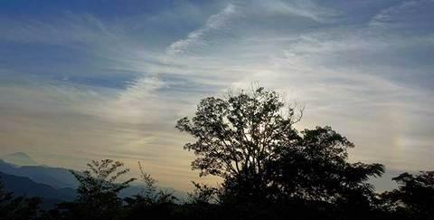 180823高尾山登頂h.jpg
